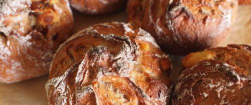 金曜日はパンの日10/1はnadinadiです。ご予約ラインナップです。